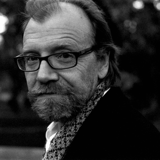 george saunders essay braindead megaphone The braindead megaphone: george saunders: 9781594482564: books - amazonca amazonca try prime books go search en hello sign in your account sign in.