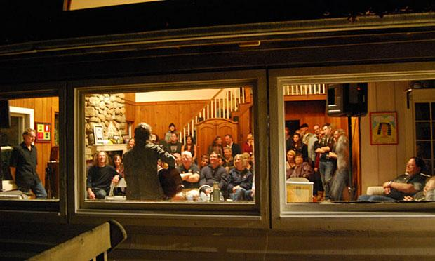 living room concerts.  City Transplants Re Create Music Scene in New Jersey Features WNYC