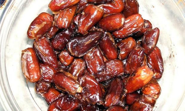 Simple Eid Day Eid Al-Fitr Food - dates  Best Photo Reference_61323 .jpg