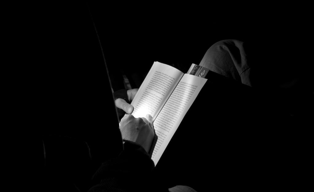 Inmates Can't Receive Donated Books Anymore, They Have to Buy Them