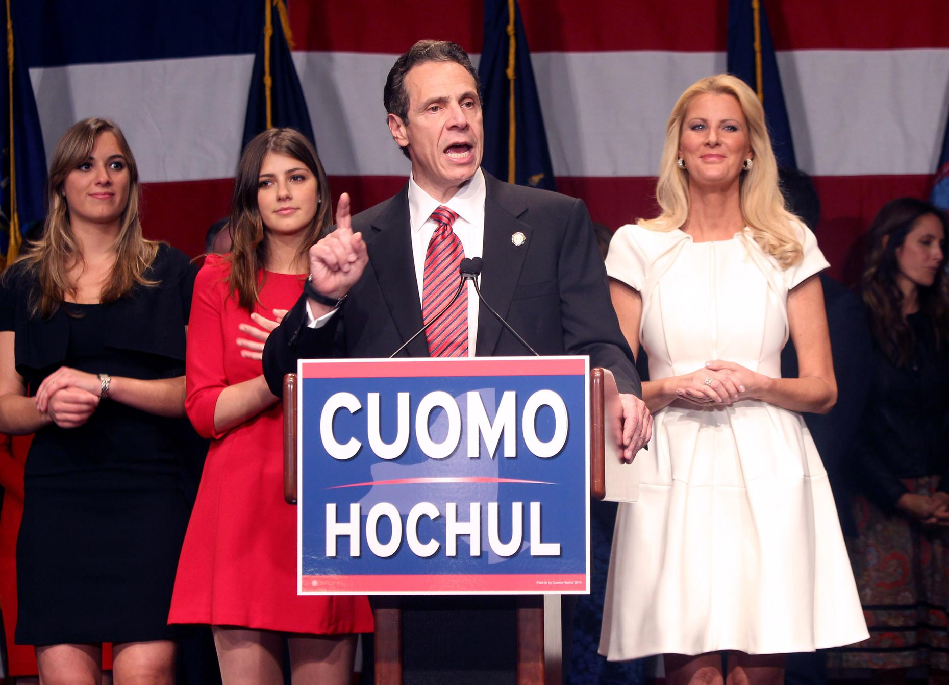 the contender andrew cuomo a biography