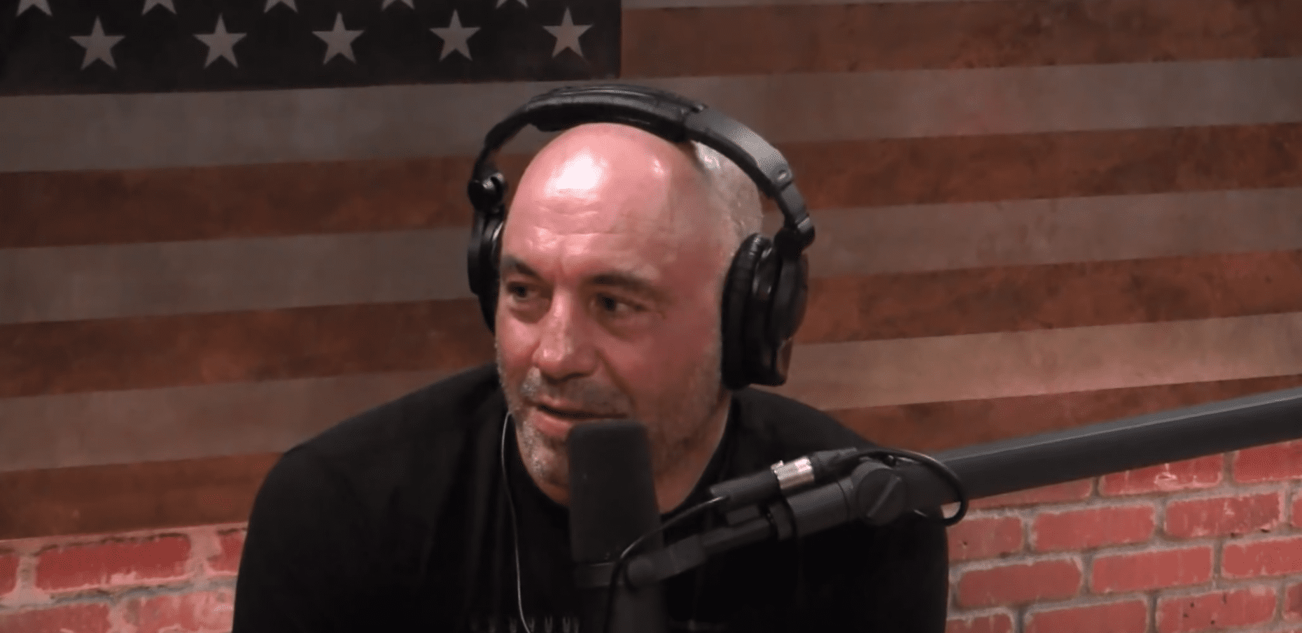 Joe Rogan Debate Moderator On The Media Wnyc Studios Joe rogan was trending on twitter as people tried yet again to have the world's most popular podcaster canceled. joe rogan debate moderator on the