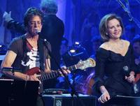 Renee Fleming and Lou Reed sing at a concert in Prague in 2009