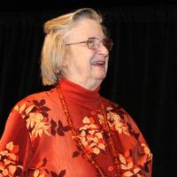 Elinor Ostrom, the first woman to win the Nobel Prize in Economics
