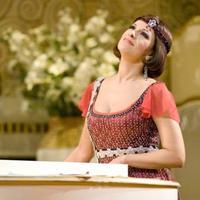 Soprano Angela Gheorghiu in La Rondine