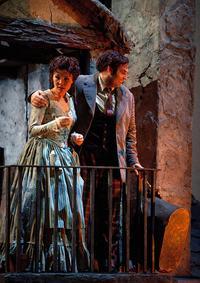 Hei-Kyung Hong as Mimì and Dimitri Pittas as Rodolfo in Puccini's 'La Bohème'