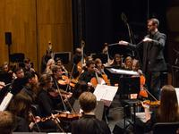 Jason Seber conducts the Louisville Youth Symphony.
