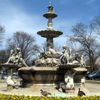 Rockefeller Fountain, Bronx Zoo