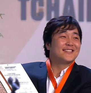 Mongolian baritone Ariunbaatar Ganbaatar wins the gold medal in voice