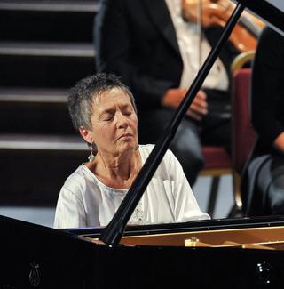 Maria João Pires performs Mozart's Piano Concerto No 23 in A major