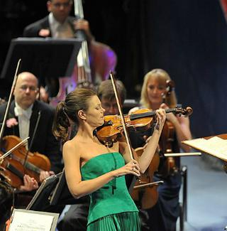 Janine Jansen is the violin soloist at the Last Night of the Proms 2014