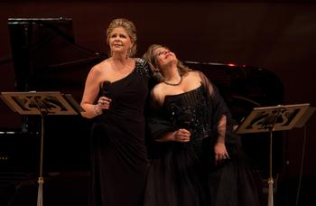 Mezzo-soprano Susan Graham and soprano Renée Fleming performed a duo recital of French songs at Carnegie Hall on Jan. 27, 2013.