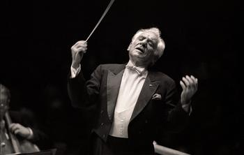 Conducting the Vienna Philharmonic, March 7, 1990. Bernstein's last performance at Carnegie Hall, and his last in New York.