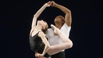 Wendy Whelan and Albert Evans in <em>Agon</em>, choreographed by George Balanchine
