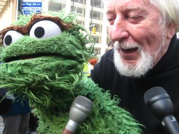 Oscar the Grouch and his puppeteer Caroll Spinney at Sesame Street's 40th Anniversary