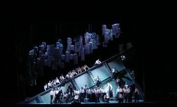 Il Trotavore at L'Opéra National de Paris, Bastille (2003), directed by Francesca Zambello