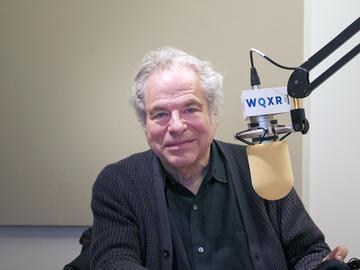 Itzhak Perlman in the WQXR studio.