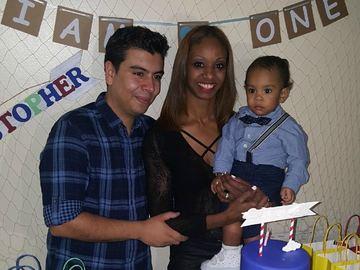 Juan Vivares, Yahaira Burgos and their son.