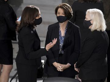 emocratic vice presidential candidate Sen. Kamala Harris, D-Calif., left, talks with Sen. Amy Klobuchar, D-Minn., and Sen. Kirsten Gillibrand, D-N.Y., right.