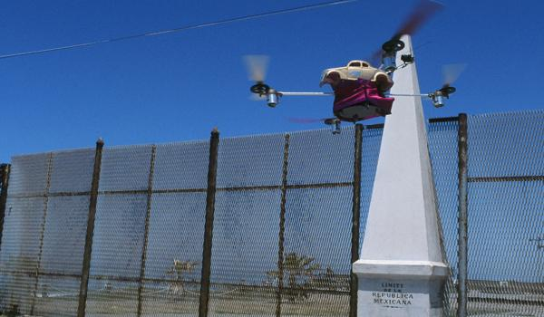 Here the LowDrone flies along the US-Mexico border.