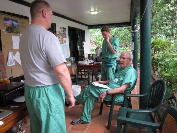 Doctors and medical staff planning their day.