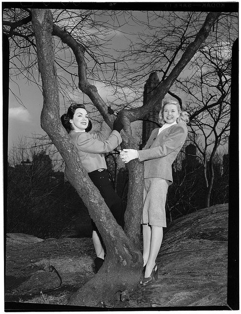 Portrait of Doris Day and Kitty Kallen, Central Park, New York, N.Y., ca. Apr. 1947
