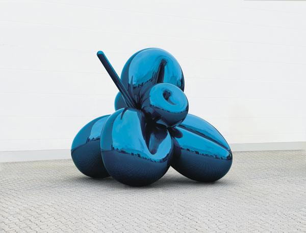 Jeff Koons' <em>Balloon Flower (Blue)</em> sold for $16.8 million, just above the piece's high estimate of $16 million.