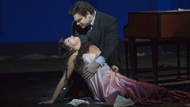 Anna Netrebko as Antonia and Joseph Calleja as Hoffmann in Offenbach's