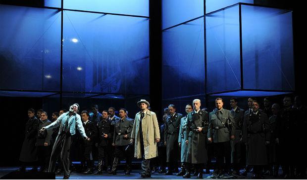 Deutsche Oper am Rhein's 'Tannhauser', with Markus Eiche (Wolfram), Thorsten Grümbel (Landgraf), men's chorus
