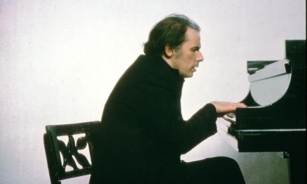 Glenn Gould in T