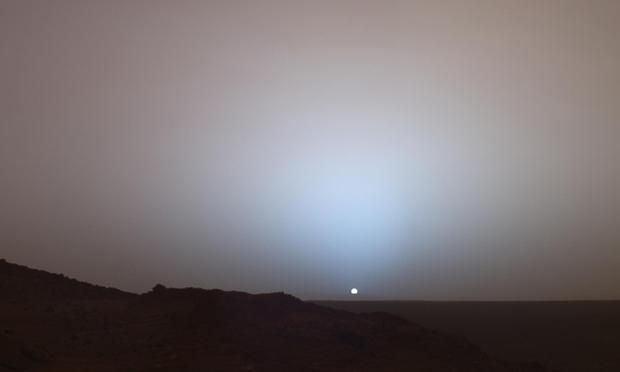 Martian sunset from Gusev Crater.