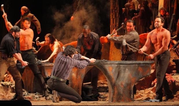 an anvil in <em>Il Trovatore</em>