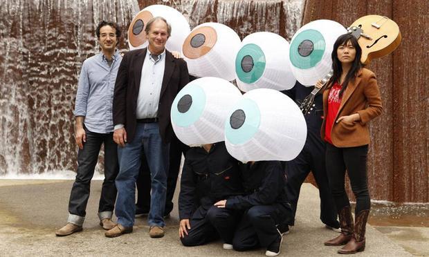Jad, Robert, Thao...and a few eyeballs