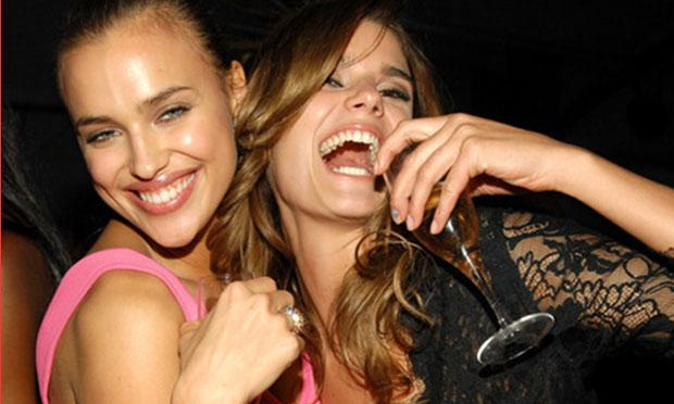 From left, Irina Shaykhlislamova and Yesica Toscanini at Sports Illustrated Swimsuit Issue Party in 2007.