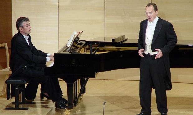 Malcolm Martineau accompanies baritone Christopher Maltman