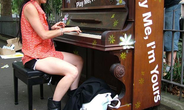 Play Me, I'm Yours piano