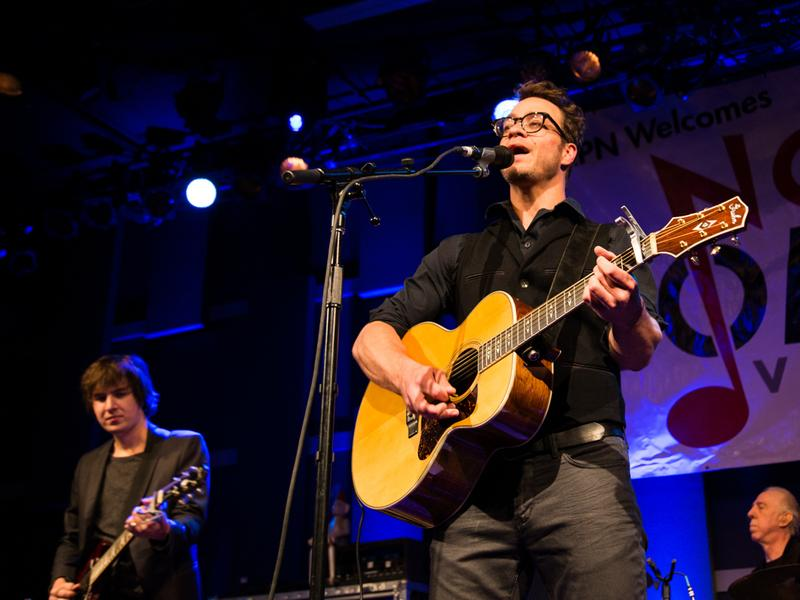 Amos Lee performs at World Cafe Live during the 2016 Non-COMMvention in Philadelphia.