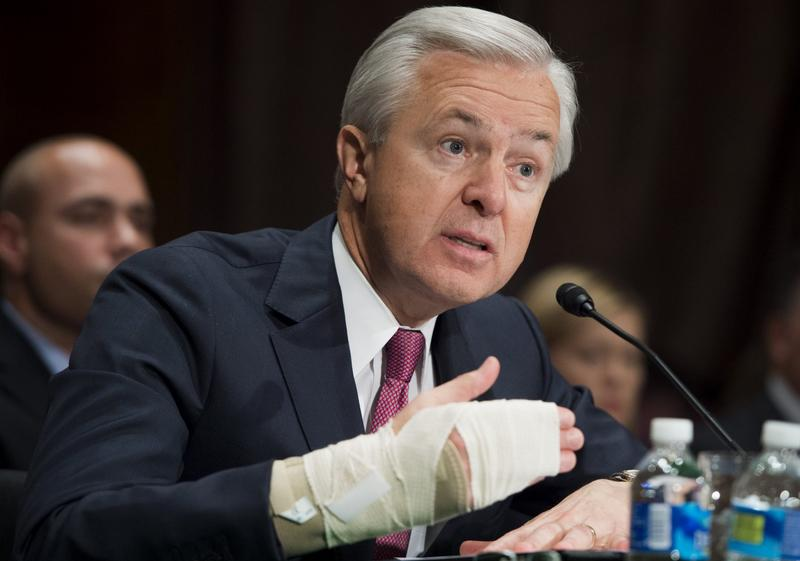 John Stumpf, chairman and CEO of Wells Fargo, testifies about the banks' unauthorized opening of accounts on Capitol Hill in Washington on Sept. 20, 2016. (Saul Loeb/Getty Images)