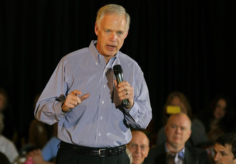 U.S. Sen. Ron Johnson (R-WI) speaks during a pancake breakfast for former Massachusetts Gov. Mitt Romney during Romney's 2012 presidential campaign on April 1, 2012 in Milwaukee, Wisc. (Justin Sullivan/Getty Images)