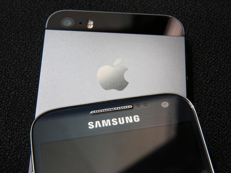 Samsung and Apple, two smartphone giants, have been battling each other — not just in the marketplace, but in the courts — since 2011.