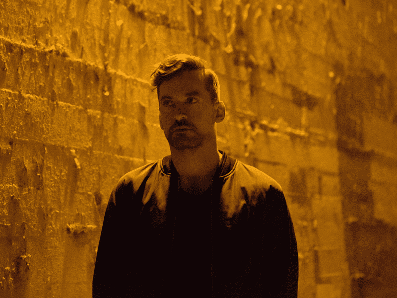 This week's mix features a new track from the British musician, DJ and producer Bonobo.