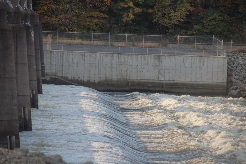 To Rye Development's Paul Jacob, the waters flowing over the Emsworth dam just west of Pittsburgh represent an untapped source of renewable energy for the region. (Reid Frazier/Allegheny Front)