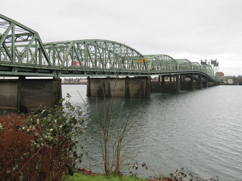The I-5 bridge over the Columbia River is functionally obsolete and at risk of collapse in a major earthquake. (Tom Banse/Northwest News Network)