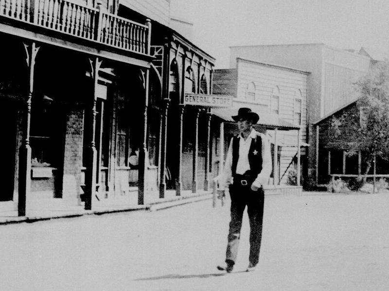 Gary Cooper plays the sheriff in the 1952 film <em>High Noon. </em>Author Glenn Frankel says the film can be viewed as a parable for the Hollywood blacklist era.