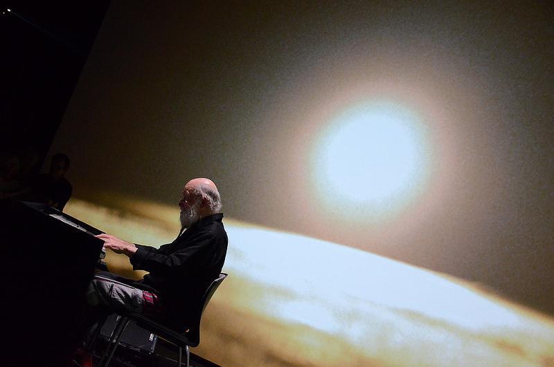 Vernissage de Doug Aitken Altered Earth et Performance de Terry Riley