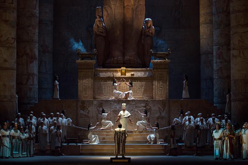 A scene from Act I of Verdi's Aida.