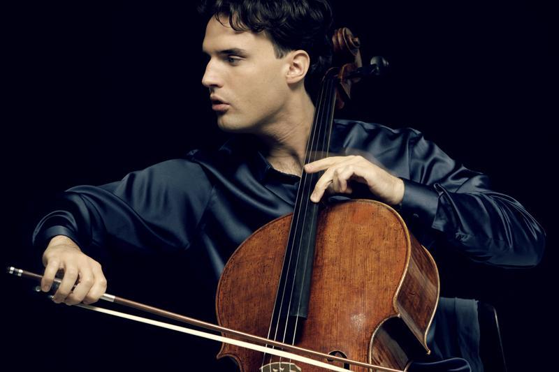 German cellist Leonard Elschenbroich