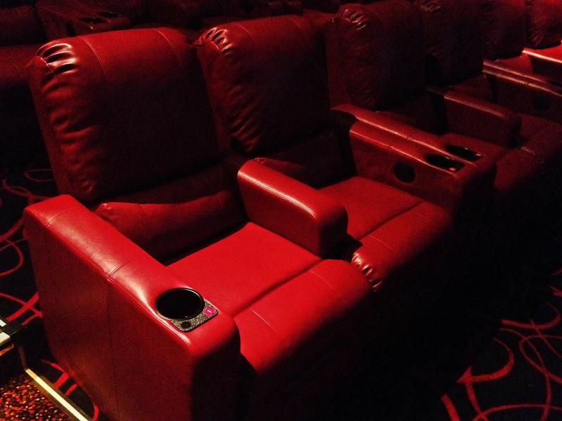 Peachy Amc Installs Recliners To Make Movies More Like Home Wnyc Pabps2019 Chair Design Images Pabps2019Com