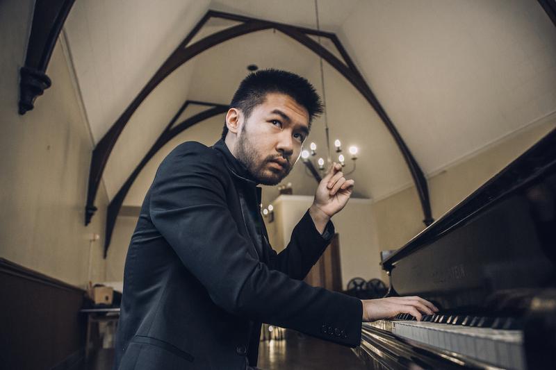 Pianist Conrad Tao