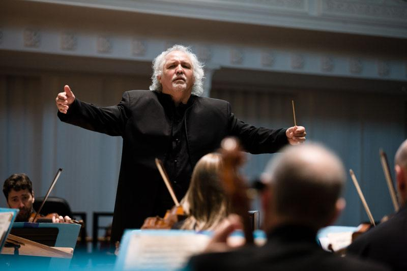 Donald Runnicles conducts the BBC Scottish Symphony Orchestra